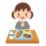 食事中の女の子